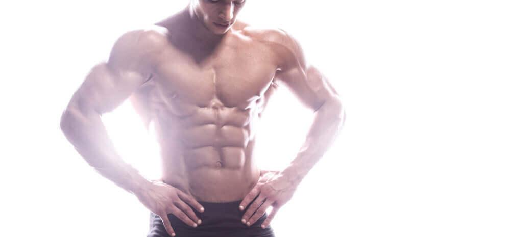 En muskuløs mann